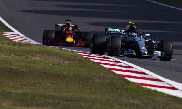 Ricciardo: Mercedes izgleda ranjivo ove sezone, ali još uvijek su najteži za pobijediti
