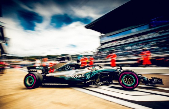 Lewis Hamilton najbrži na drugom treningu