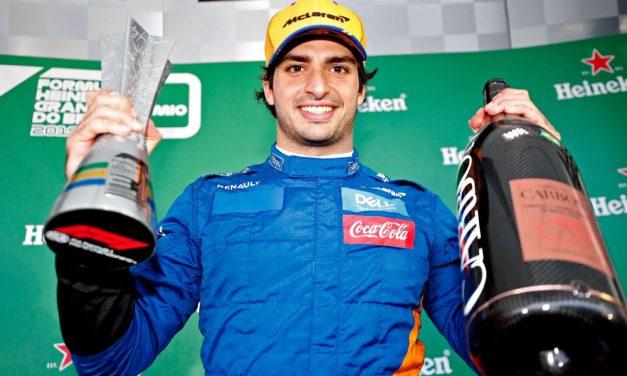 Alonso: Sainz je 'stvarno zaslužio' svoje prvo postolje u Formuli 1
