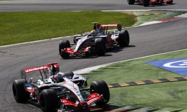 """Dennis ne bi doveo Alonsa 2007. da je znao koliko je Hamilton brz""-Briatore"