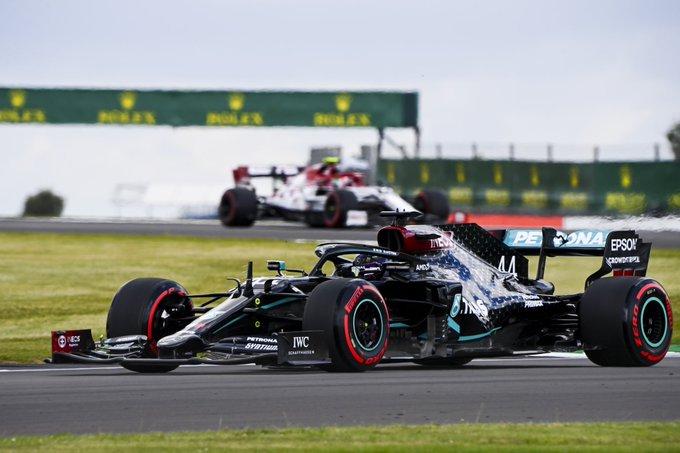 Lewis Hamilton osvaja pole position VN Velike Britanije