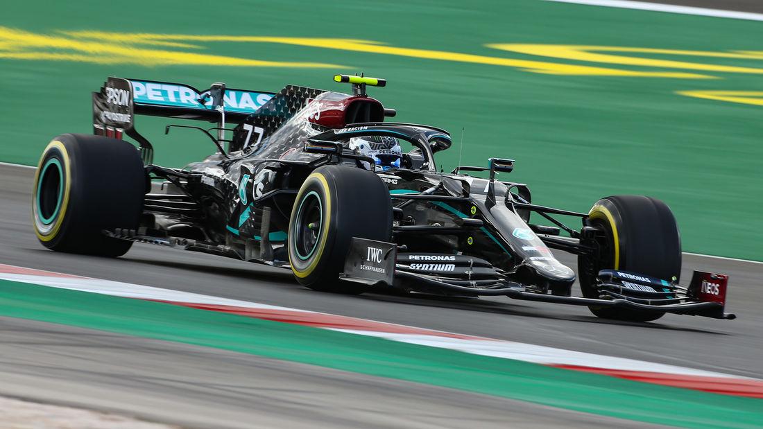Bottas 'jako iznerviran' što je izgubio pole position od Hamiltona