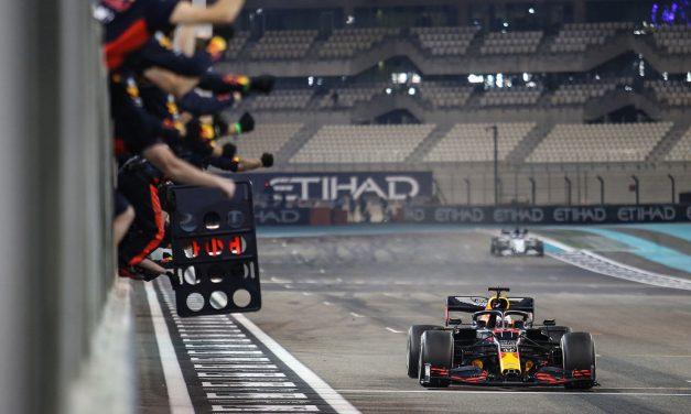 Verstappen: Red Bull bi dominirao kao Mercedes da nisu uvedeni hibridni motori