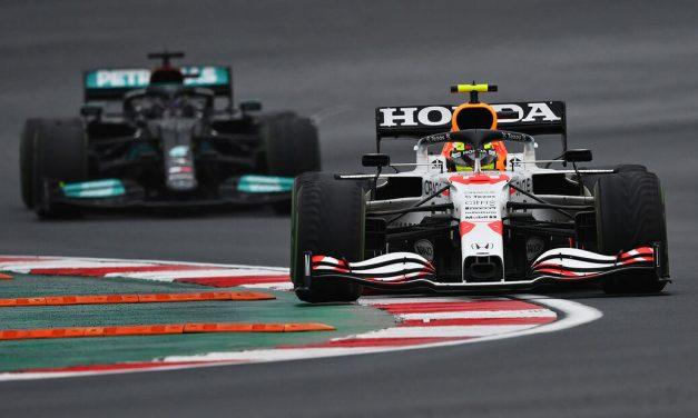 Red Bull sumnja da se Mercedesov motor nalazi u 'sivoj zoni'